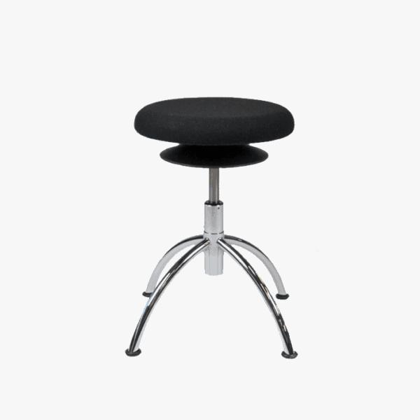 Ergo taburet med bevægeligt sæde til gavn for ryggen. Ergoforma.