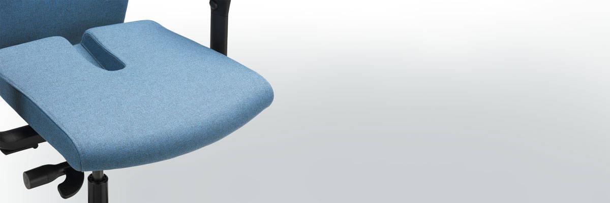 Specialstole til problemer med haleben, skæv ryg, diskusprolaps mm